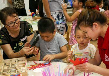 Hoạt động cộng đồng STEM cho trẻ tại trường STEAMe GARTEN