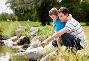Làm thế nào để trở thành bạn của con trẻ?