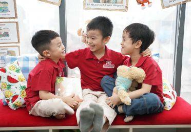 Bí quyết vàng giúp trẻ mạnh dạn, tự tin trong giao tiếp