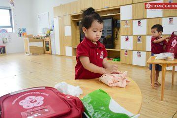 Ba Mẹ Nên Dạy Trẻ 2 Tuổi Những Gì Để Giúp Con Phát Triển Toàn Diện?